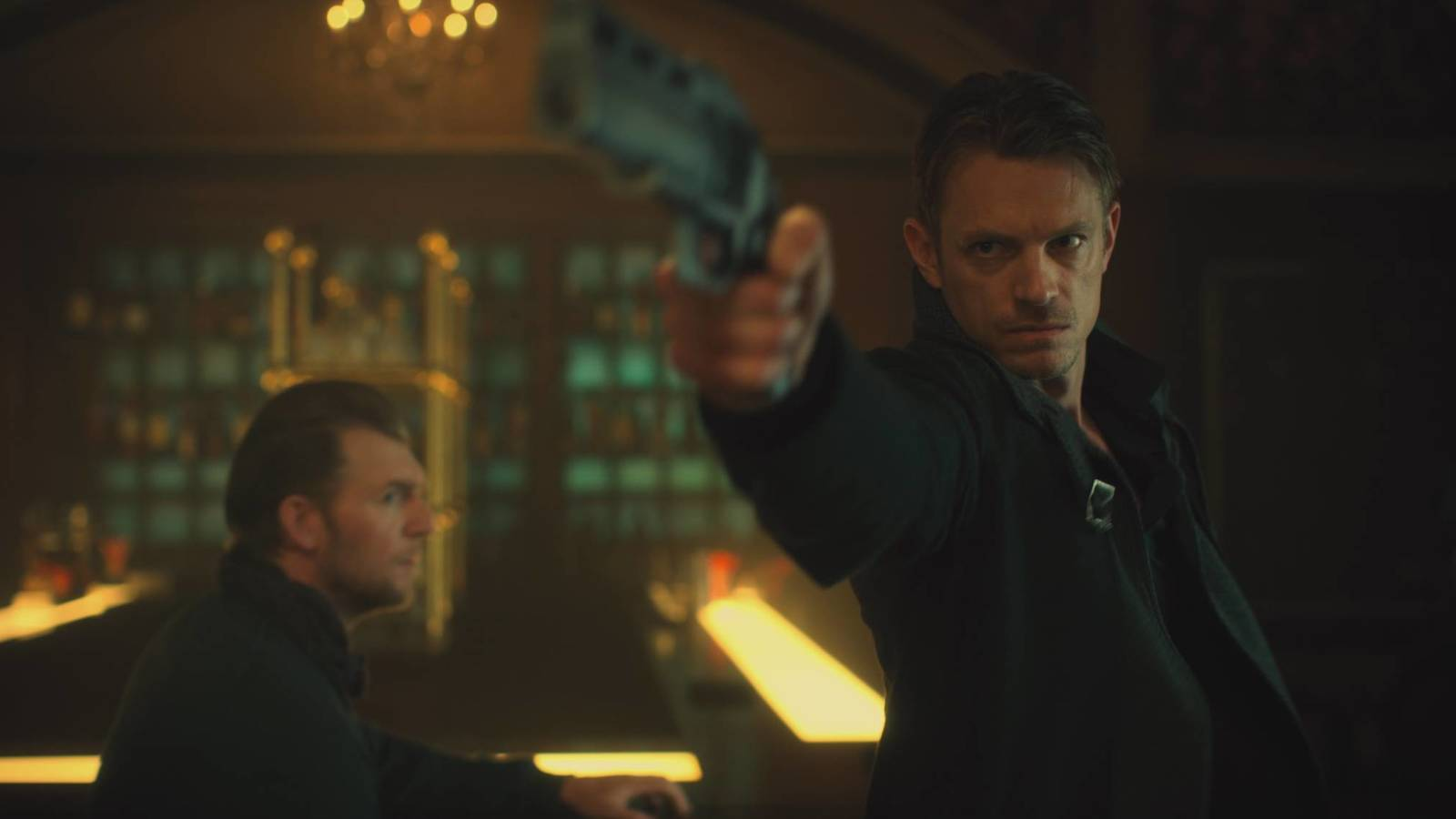 Altered Carbon: visualmente impecable; entretenida y ya