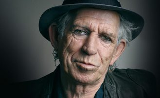 La alocada vida de Keith Richards entre drogas y rock and roll