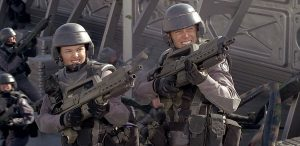 Starship Troopers Critica